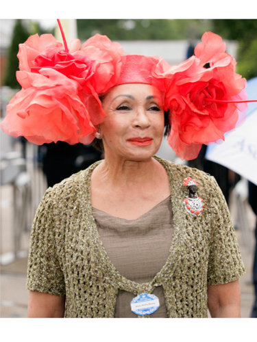Shirley Bassey - in a hat