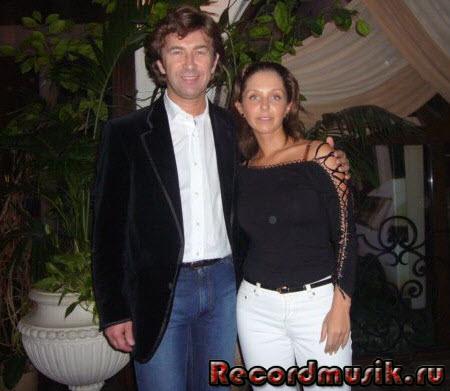 Валерий Сюткин с семьей