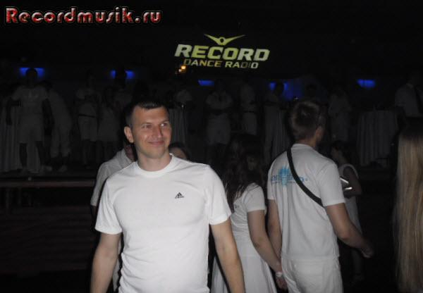 Отпуск в Санкт-Петербурге - Sensation, начало