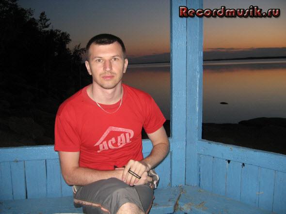Мой отдых на озере Чалкар - беседка на берегу