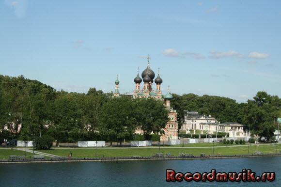 Отдых в Москве и Подмосковье - храм возле Останкино