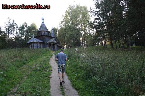 Мой отдых во Владимирской области - часовня у озера