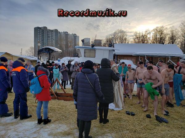 Крещенские купания или моё купание в проруби на крещение - пожарный причал Новосибирск